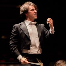 Maestro Daniel Stesart Conducting the Santa Cruz Symphony (photo by Joe Ravetz)